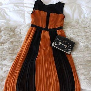 BCBGMAXAZRIA Colorblock Midi Dress